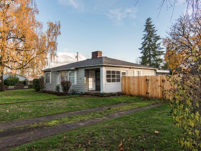 McMinnville Single Family Home For Sale: 1600 NE 18th St