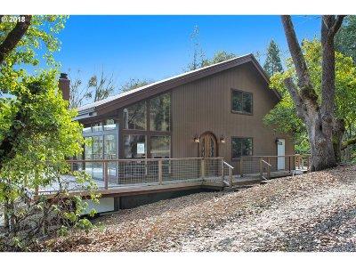 Roseburg Single Family Home For Sale: 532 Gem Dr