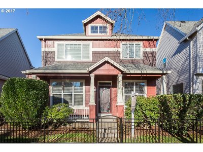 Hillsboro Single Family Home For Sale: 6229 NE Chestnut St