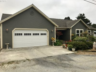 Bandon Single Family Home For Sale: 835 SE 2nd St