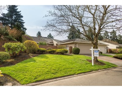Wilsonville Single Family Home For Sale: 7574 SW Arbor Glen Ct