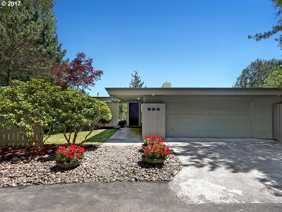Single Family Home For Sale: 290 NW Royal Blvd