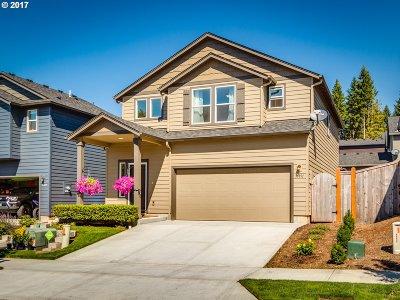 Sandy Single Family Home For Sale: 36891 Goldenrain St