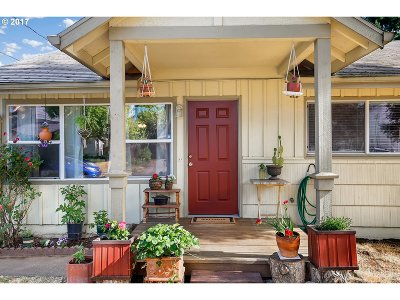 Single Family Home For Sale: 4517 SE Rural St