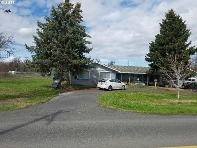 Hermiston Single Family Home For Sale: 32561 Baxter Rd