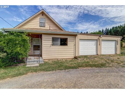 Estacada Single Family Home For Sale: 32125 SE Hinman Ave