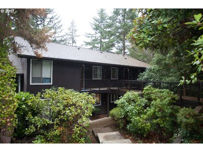 Eugene Condo/Townhouse For Sale: 2643 Woodstone Pl