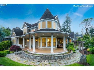 Hillsboro Single Family Home For Sale: 760 NE Brennan Ln