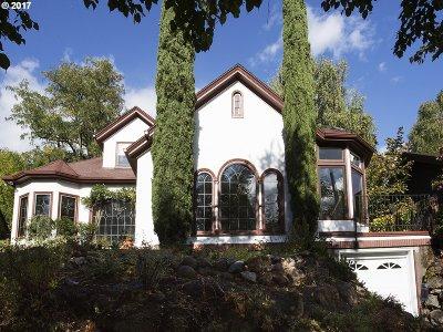 Single Family Home For Sale: 4101 NE Wistaria Dr