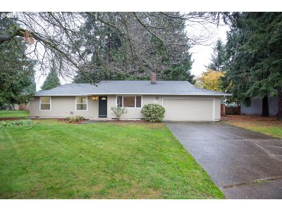 Single Family Home Sold: 7205 NE 55th Ave