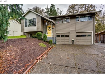 West Linn Single Family Home For Sale: 20093 White Cloud Cir