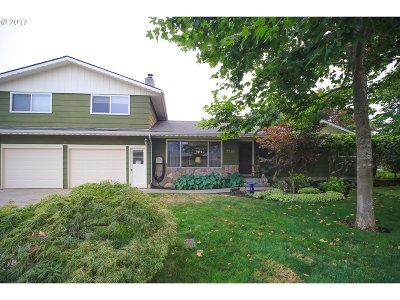 Springfield Single Family Home For Sale: 2780 32nd St