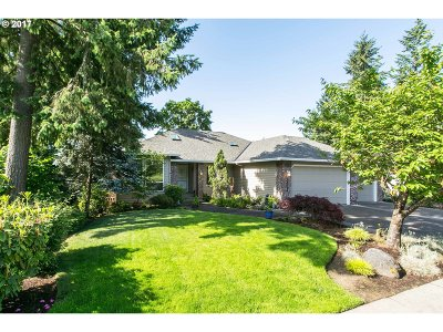 Tigard Single Family Home For Sale: 14712 SW Woodhue St