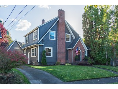 Single Family Home For Sale: 8036 N Syracuse St