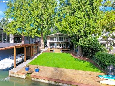 Lake Oswego Single Family Home For Sale: 17344 Cedar Rd
