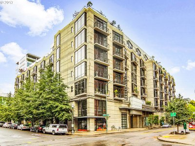 Portland Condo/Townhouse For Sale: 1030 NW 12th Ave #305