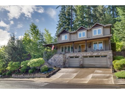 West Linn Single Family Home For Sale: 25610 Cheryl Dr
