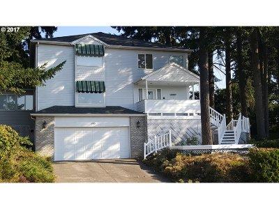 Keizer Single Family Home For Sale: 995 Fir Cone Dr NE