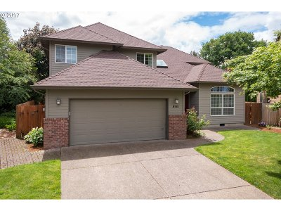 Beaverton Single Family Home For Sale: 8155 SW Foxglove Pl