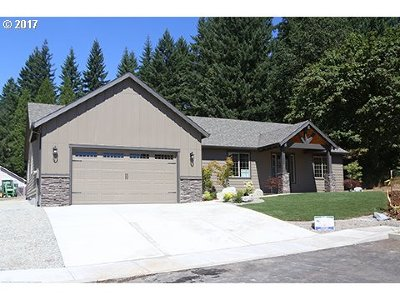 Estacada Single Family Home For Sale: 1235 NE Stair Way