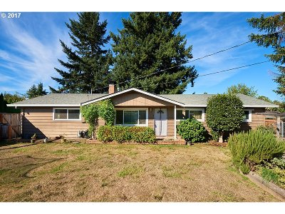 Newberg, Dundee Single Family Home For Sale: 609 Quail Dr