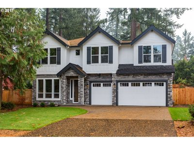 Lake Oswego Single Family Home For Sale: 4288 Sunset Dr