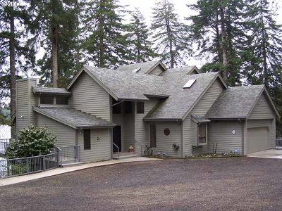 Single Family Home Sold: 83825 Hwy 101