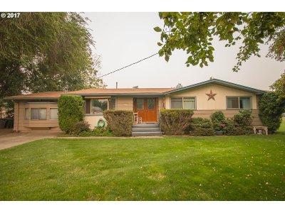 la grande Single Family Home For Sale: 3001 Alder St