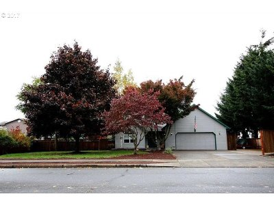 Stayton Single Family Home For Sale: 1113 W Locust St