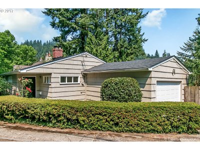 Single Family Home For Sale: 2995 SW Champlain Dr