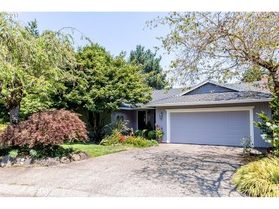 West Linn Single Family Home For Sale: 6312 Pony Ct