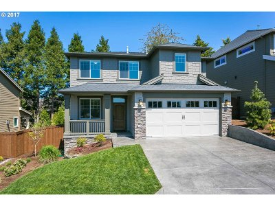 Tigard Single Family Home For Sale: 14326 Azalea Pl