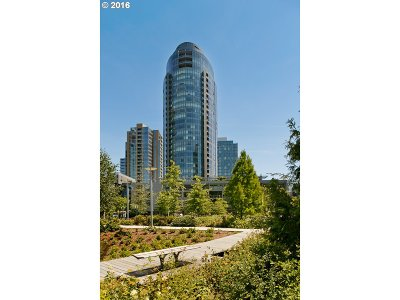Johns Landing, Johns Landing & Fulton Park, South Waterfront Condo/Townhouse For Sale: 3601 SW River Pkwy #403