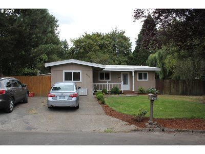Single Family Home For Sale: 4850 SW 195th Ct