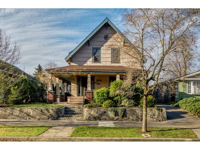 Portland Single Family Home For Sale: 335 NE 63rd Ave