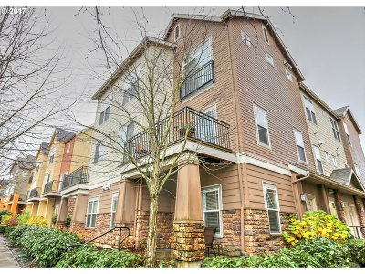 Hillsboro Condo/Townhouse For Sale: 18551 NW Red Wing Way #101