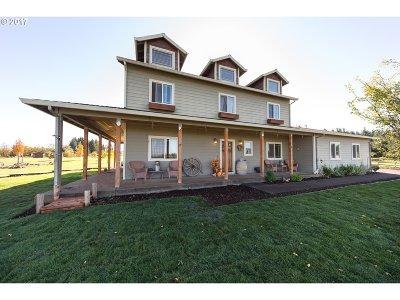 Estacada Single Family Home For Sale: 23582 S Day Hill Rd