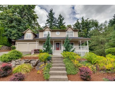 Tigard Single Family Home For Sale: 14633 SW Woodhue St