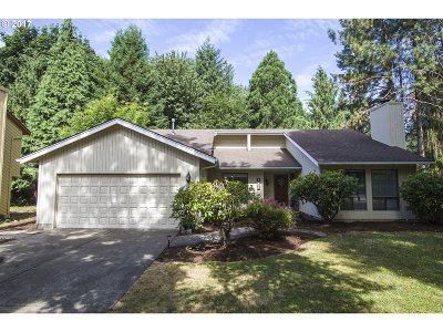West Linn Single Family Home For Sale: 1306 Tamarisk Dr