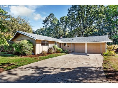 Single Family Home For Sale: 6320 SW King Blvd
