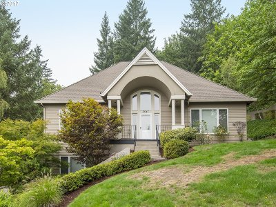 West Linn Single Family Home For Sale: 2547 Limerick Ln