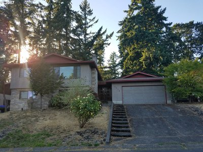 Gladstone OR Single Family Home For Sale: $365,000