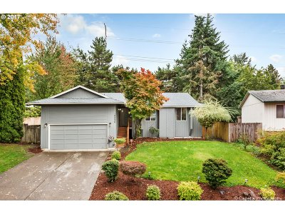 Beaverton Single Family Home For Sale: 16890 SW Tallac Way