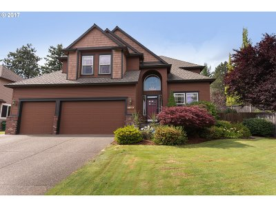 Happy Valley OR Single Family Home For Sale: $589,000