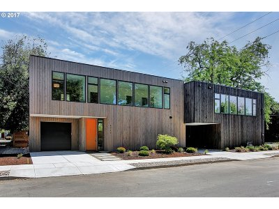 Single Family Home For Sale: 4712 N Congress St