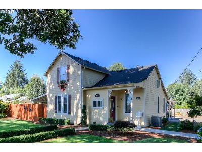 Dallas Single Family Home For Sale: 849 Hayter St