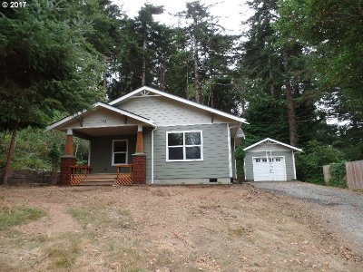 Port Orford Single Family Home For Sale: 251 Fifteenth St