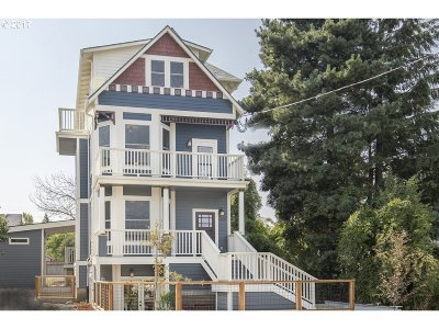 Clackamas County, Multnomah County, Washington County Multi Family Home For Sale: 6817 NE 7th Ave