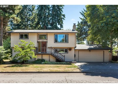 Oregon City Single Family Home For Sale: 14930 S Greentree Dr