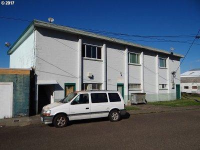 Douglas County Multi Family Home For Sale: 340 Rainbow Plz